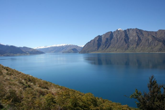 View of Lake Hawea on the way to Queenstown