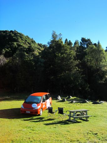 Camping at Waihi gorge