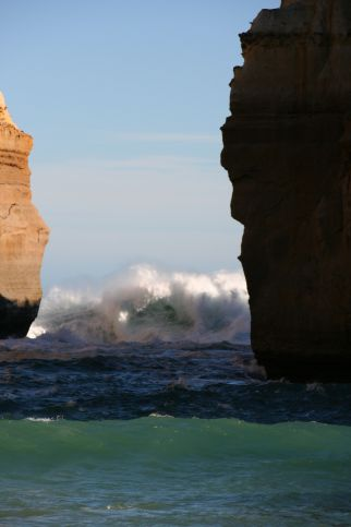 Waves at Loch Ard Gorge